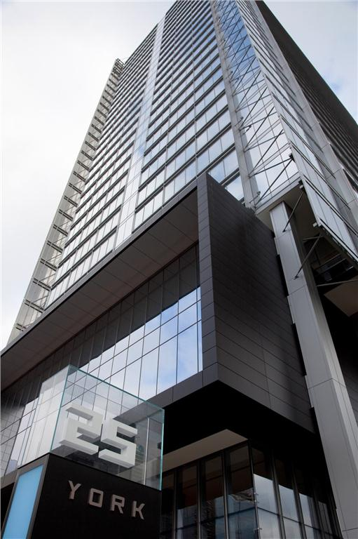 Telus House Toronto at 25 York St. in Toronto. Photo courtesy of Menkes Devleopment Ltd.