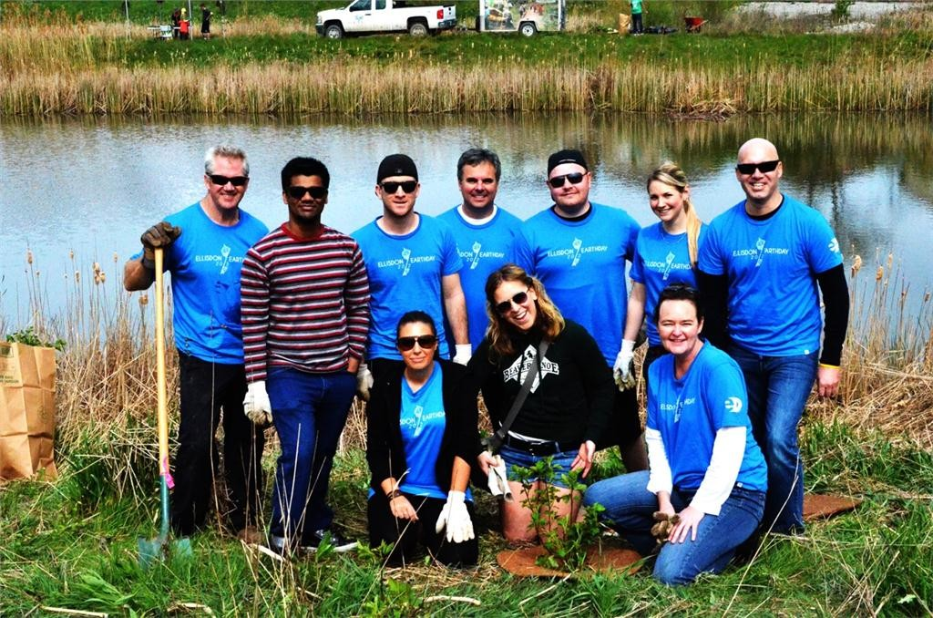 Members of EllisDon's Toronto-based marketing team pose during the company's 2012 Tree Planting Day in Credit Valley Park in Mississauga, Ont. Photo courtesy of EllisDon.