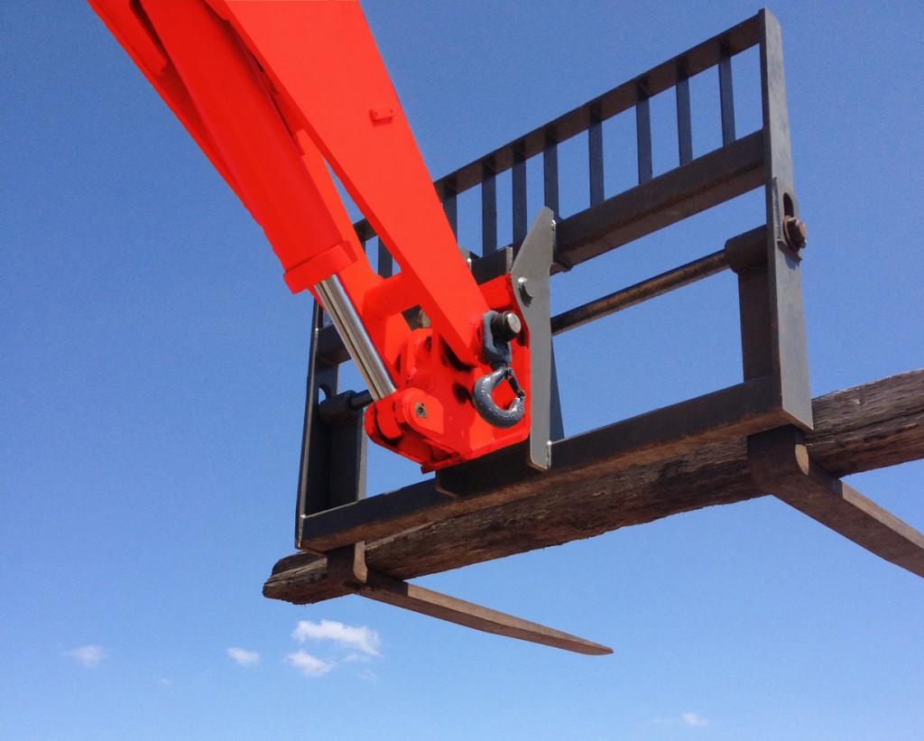 Manitou's optional lifting hook.