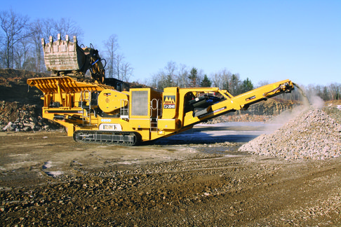 IROCK'S TJ-3046 tracked jaw crusher.
