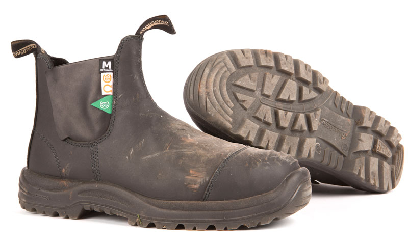The UTE 165 CSA Met Guard boot by Blundstone Footwear.