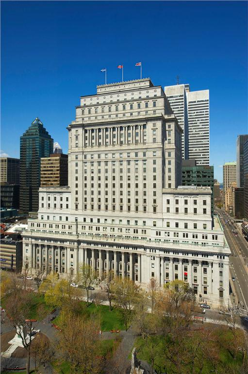 Located in downtown Montreal, the Sun Life Building was built in three stages between 1914 and 1933. It stands 26 storeys high and includes more than 1.1 million sq. ft. of leasable space (CNW Group/Bentall Kennedy).