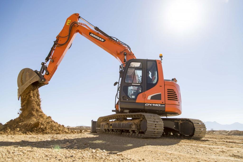 Doosan DX140L Crawler Excavator