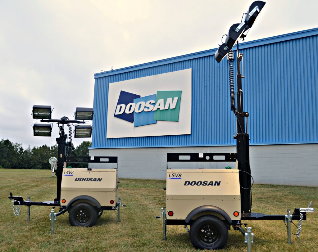 Doosan LSV6, LSV8 portable lights