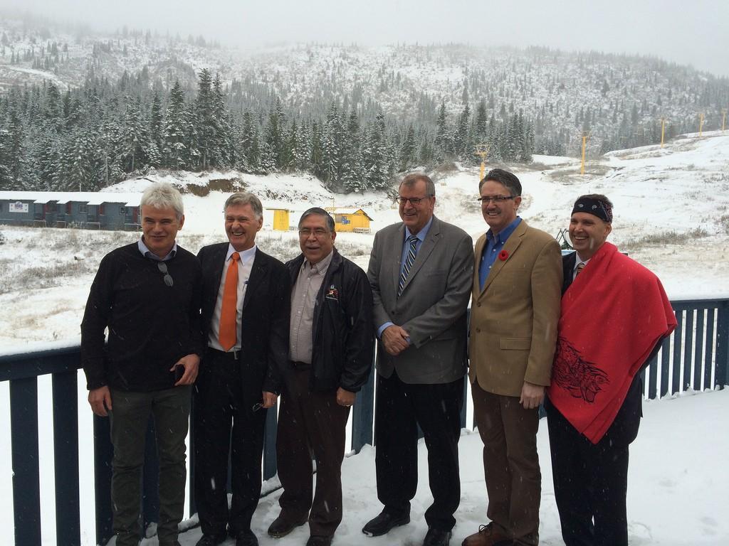 From left to right: Brent Harley, Ralph Berezan, Chief Henry Paul, Minister Steve Thomson, MLA Laurie Throness, Steve Berezan