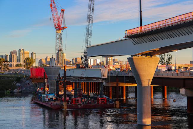 Ile-des-Soeurs rem bridge construction