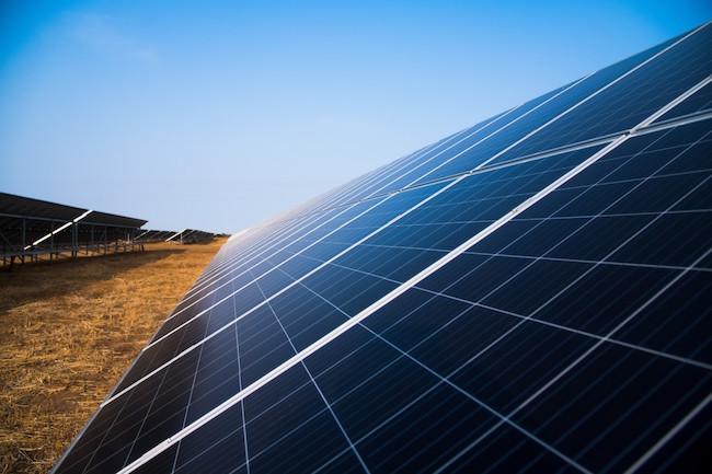 solar_panel_farm_renewables
