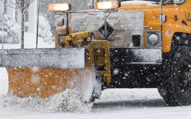 winter_road_maintenance_plowing